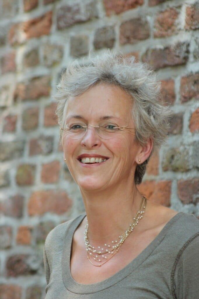 Adrienne Nouwens